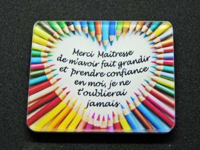 Magnet Merci Maîtresse coeur crayons cadeau fin année scolaire